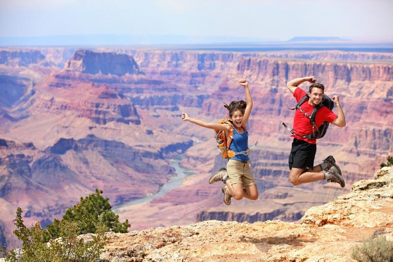 Grand_Canyon_happy_hikers-1